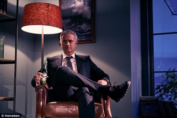 Guy Ritchie dirige a Jose Mourinho en Comercial de Heineken