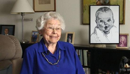 Bebé de GERBER cumple 90 años