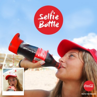 Coca Cola crea una botella para tomarte selfies