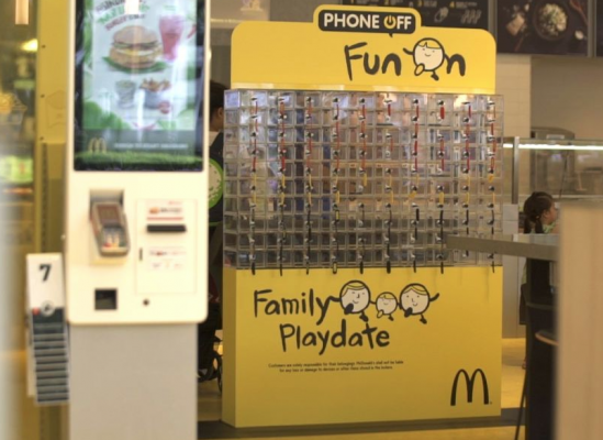 "McDonald's lanza ""Phone off Fun On"""