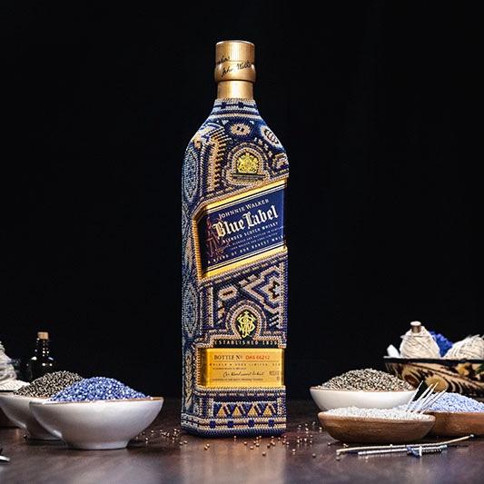 Johnnie Walker une el arte de hacer whisky al arte huichol