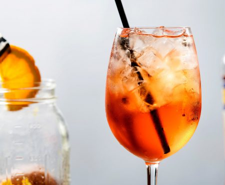 Esta es la estrategia de Marketing que ha hecho popular al Aperol Spritz